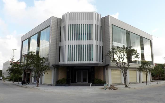 Công ty TNHH Nhà đèn Quỳnh Nguyên